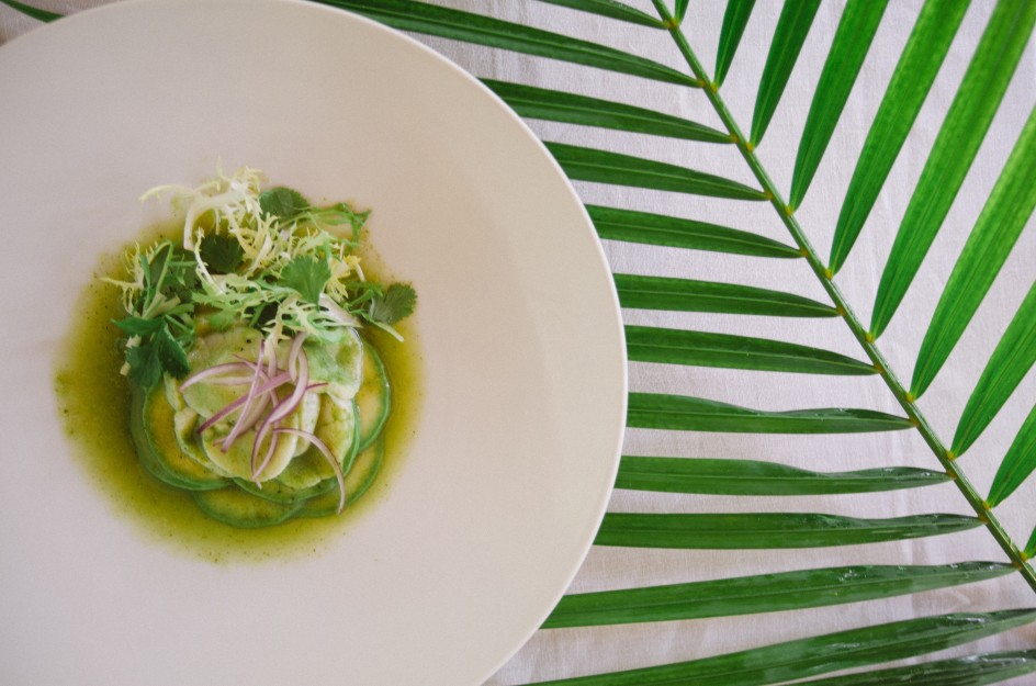 Sea scallops aguachile